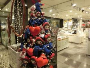 NCのファンシー・ショップ「BUTTER」のクリスマス・ツリー(笑)